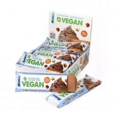 Батончик Vegan Bombbar 60 грамм (12 шт.), шоколадный маффин с фундуком